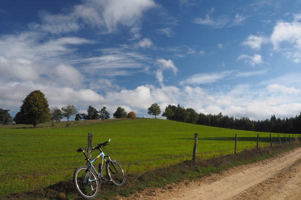 Viajes a Francia   Turismo de montaña y viajes en bicicleta en la región de Occitania Francia